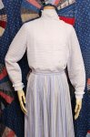 60'S LACE FRILL TRIM STAND COLLAR BORDER PLEATED BLOUSE (WHT)