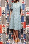 <img class='new_mark_img1' src='https://img.shop-pro.jp/img/new/icons43.gif' style='border:none;display:inline;margin:0px;padding:0px;width:auto;' />60'S SQUARE PRINTED COTTON DRESS (GRN/PPL)