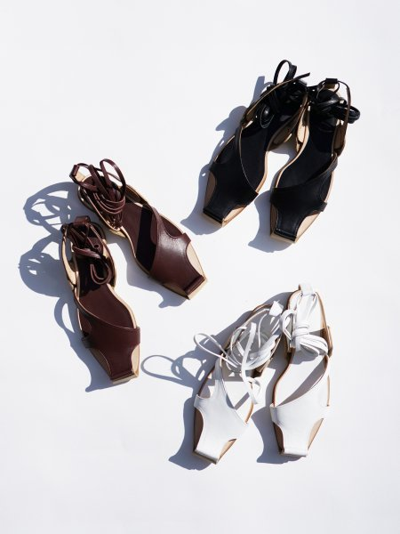 FUMIKA_UCHIDA KIP LEATHER LACE-UP SANDAL COL.WHT/BRN/BLK