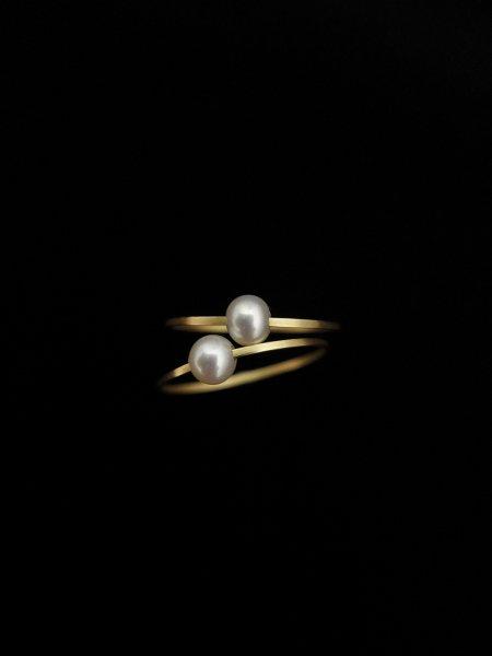 Carla Caruso White Pearl Ring COL.ONE SIZE/9-14.5