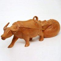 木製・牛・置物