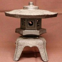 鉄製・灯籠・黄門