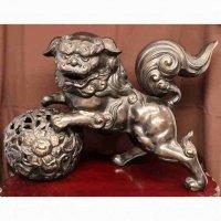 金属製・玉乗り狛犬(獅子・シーサー)