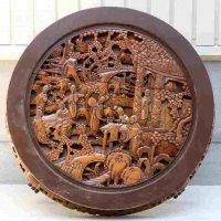 木彫り・彫刻・円型テーブル・円卓