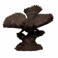 木製・木彫・鷲・鳶・鳥・置物