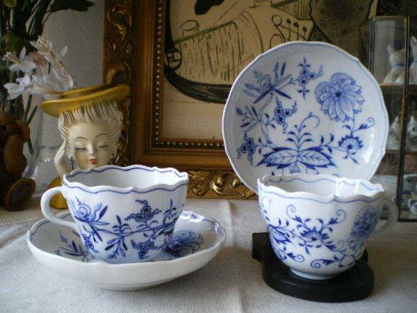 1739年から続いている、マイセンを代表するデザイン、ブルー ...