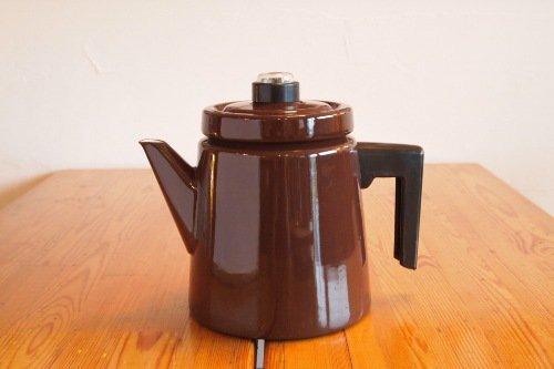 FINEL Antti Nurmeshiemi Coffee Pot 1.5L Brown/フィネル アンティ・ヌルメスニエミ コーヒーポット 茶色