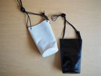 LEATHER MOBILE POUCH / black & white