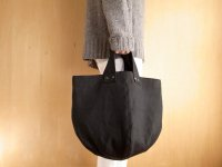 BLACK LINE TOTE-middle