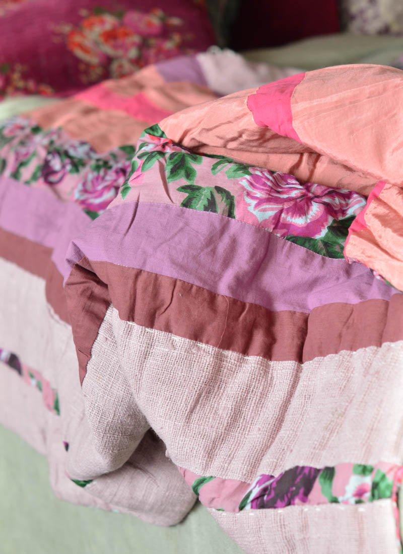 en fil d 39 indienne rosy boutique bordeaux. Black Bedroom Furniture Sets. Home Design Ideas