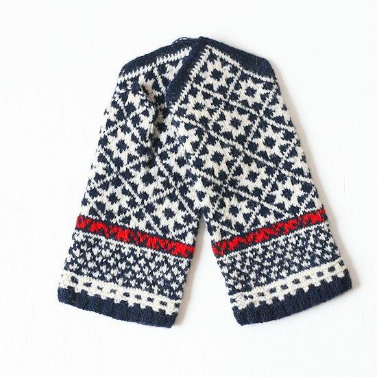 ラトビア 手編みのミトン e