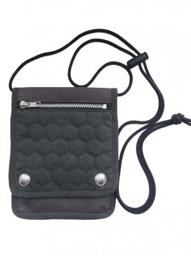 予約商品 NAMALi / QUILTING POUCH - BLACK STITCH