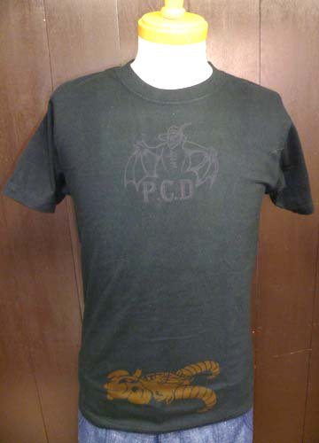 ONE OFF LOGO T-shirts-S,M size