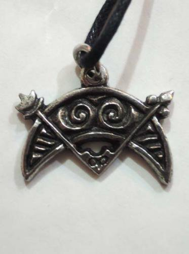 Celtic pendants / Crescent and V Rod