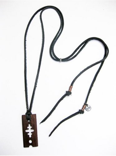 <img class='new_mark_img1' src='//img.shop-pro.jp/img/new/icons16.gif' style='border:none;display:inline;margin:0px;padding:0px;width:auto;' />GARA  / WOODEN RAZOR CHOKER - BLACK