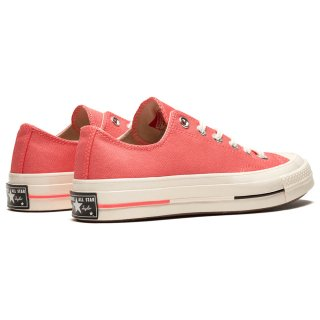 CT70 Chuck Taylor OX<img class='new_mark_img2' src='https://img.shop-pro.jp/img/new/icons22.gif' style='border:none;display:inline;margin:0px;padding:0px;width:auto;' />