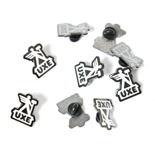 Uxe Mentale POSTMAN Enamel Pin<img class='new_mark_img2' src='https://img.shop-pro.jp/img/new/icons5.gif' style='border:none;display:inline;margin:0px;padding:0px;width:auto;' />