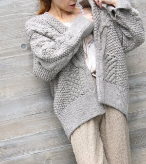 <img class='new_mark_img1' src='https://img.shop-pro.jp/img/new/icons1.gif' style='border:none;display:inline;margin:0px;padding:0px;width:auto;' />SOLD OUT!!Mible【light gray】