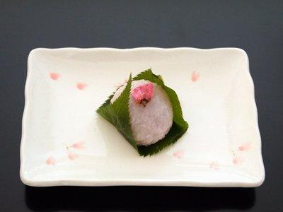春の生菓子「桜餅」