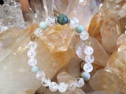 癒しの泉ブレスレット《エメラルドとヒスイ・ルチル・水晶》