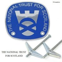 <img class='new_mark_img1' src='https://img.shop-pro.jp/img/new/icons13.gif' style='border:none;display:inline;margin:0px;padding:0px;width:auto;' />THE NATIONAL TRUST FOR SCOTLAND/ナショナルトラスト スコットランド カーバッジ ロゴ デッドストック