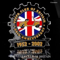 <img class='new_mark_img1' src='https://img.shop-pro.jp/img/new/icons13.gif' style='border:none;display:inline;margin:0px;padding:0px;width:auto;' />貴重!THE VESPA CLUB OF BRITAIN 50th ANNIVERSARY ベスパクラブ 50周年記念 COGバッジ デッドストック