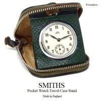 <img class='new_mark_img1' src='https://img.shop-pro.jp/img/new/icons13.gif' style='border:none;display:inline;margin:0px;padding:0px;width:auto;' />1950-60's SMITHS Pocket Watch Travel Case Stand/スミス 懐中時計 カバーケース スタンド