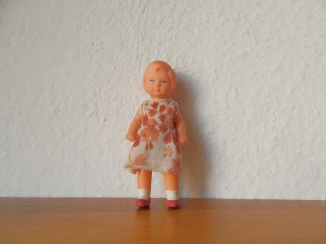 東ドイツ製 アリドール 女の子2
