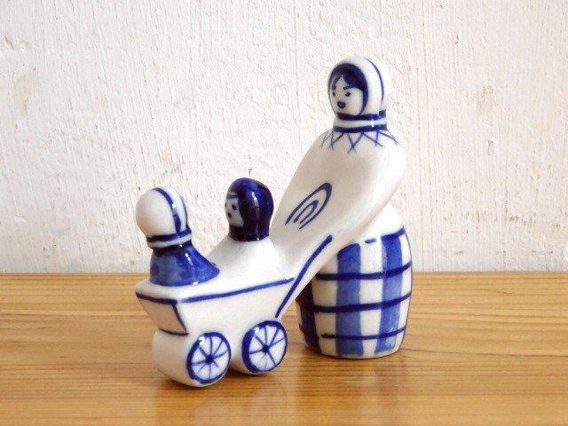○●グジェリ陶器の置物 ベビーカー●○