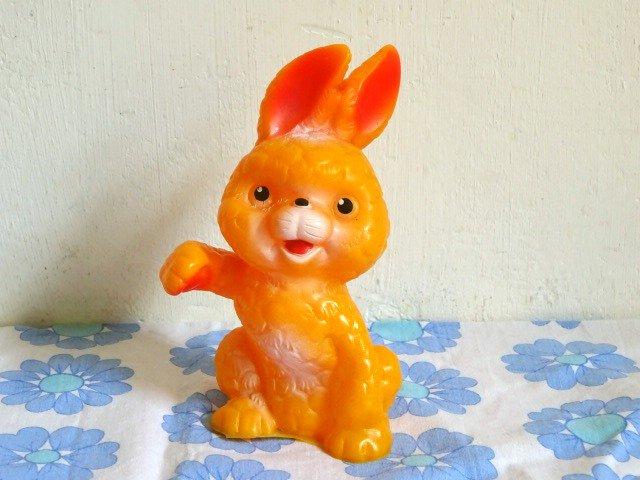 ○●東ドイツ製 ソフビのウサギさん●○