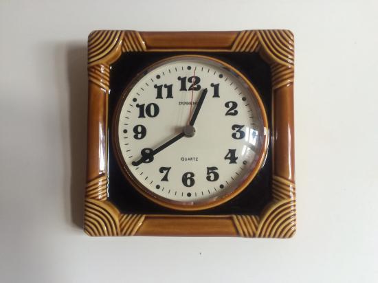 ドイツ製 アンティークの壁掛け時計