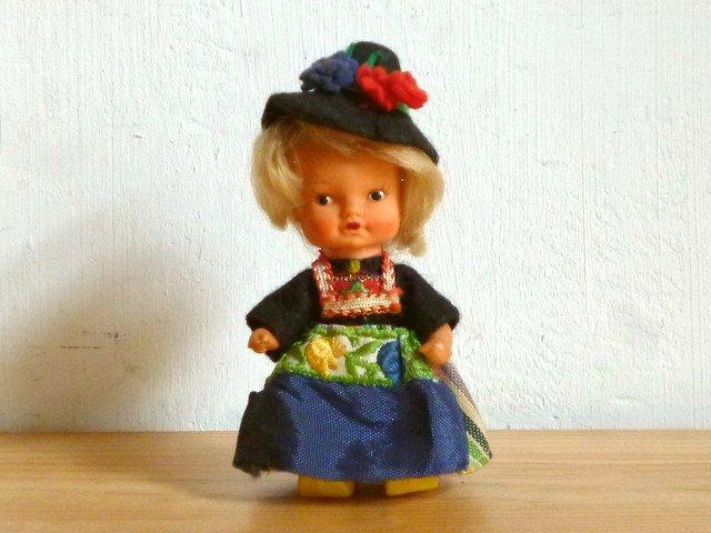 ○●民族衣装のお人形●○