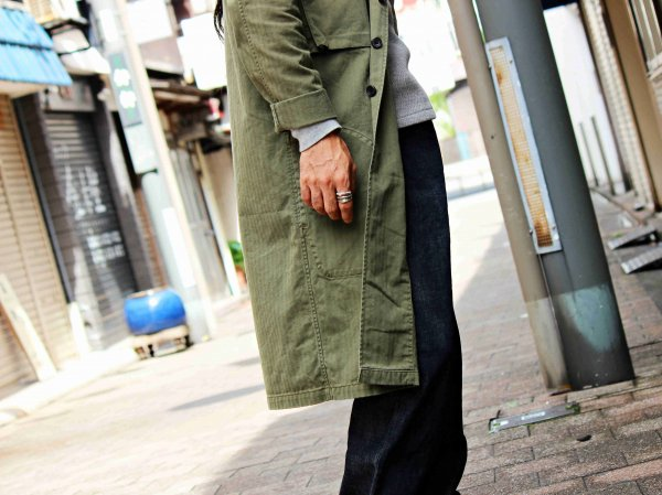 Herringbone ARMY Long Coat 【KHAKI】 / modemdesign
