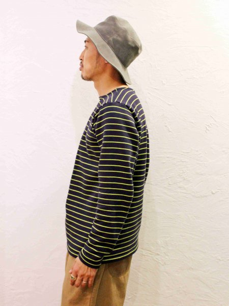 BASQUE WARM 【NAVY-BORDER】 / necessary or unnecessary