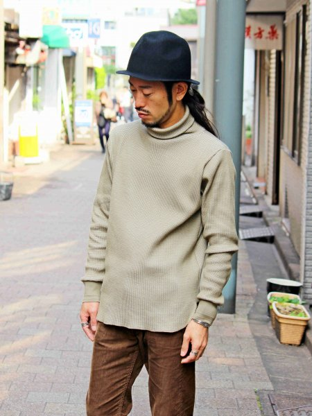 Act Thermal Turtle Neck 【OLEVE】 / August Roots