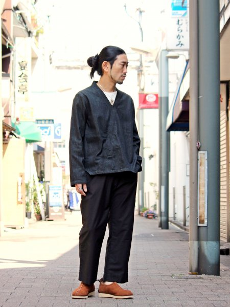 GARRNET SHIRTS 【BLACK】 / NASNGWAM<img class='new_mark_img2' src='//img.shop-pro.jp/img/new/icons1.gif' style='border:none;display:inline;margin:0px;padding:0px;width:auto;' />