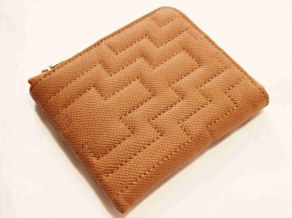 Fenomeno Small Zip Wallet(Maze) 【Beige】 / Tsunai Haiya<img class='new_mark_img2' src='//img.shop-pro.jp/img/new/icons1.gif' style='border:none;display:inline;margin:0px;padding:0px;width:auto;' />