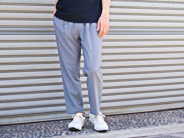 強撚STRETCH EASY PANTS 【SMOKY CHAMBRAY】 / LAMOND