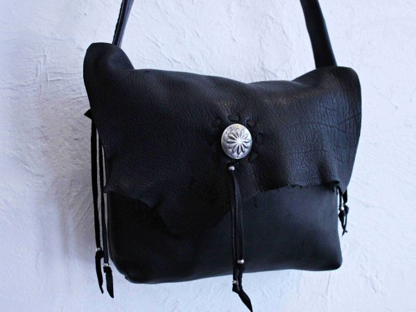 SHOLDER BAG(DEER) 【BLACK】 / early morning<img class='new_mark_img2' src='//img.shop-pro.jp/img/new/icons1.gif' style='border:none;display:inline;margin:0px;padding:0px;width:auto;' />