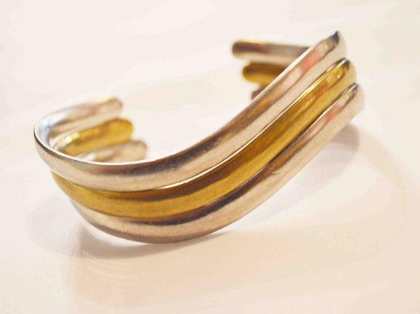 Flow Bangle 【GOLD】 / ionoi