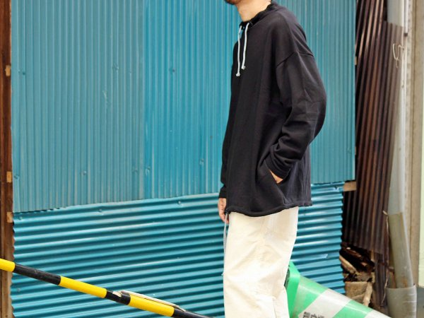 LAZY SWEAT 【BLACK】 / ionoi