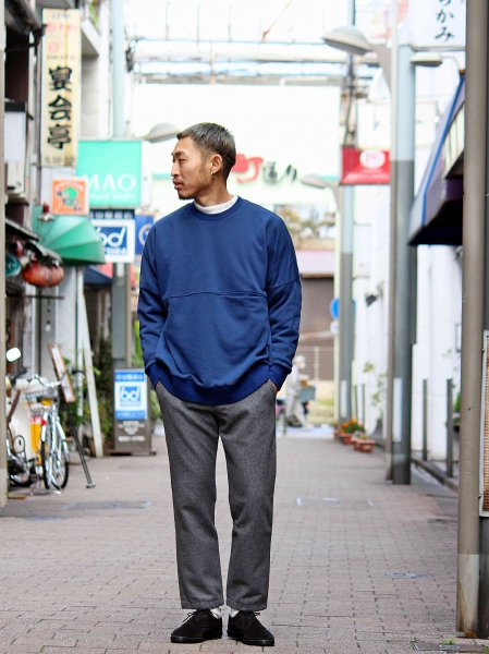 BEKA SWEAT 【NAVY】 / ionoi