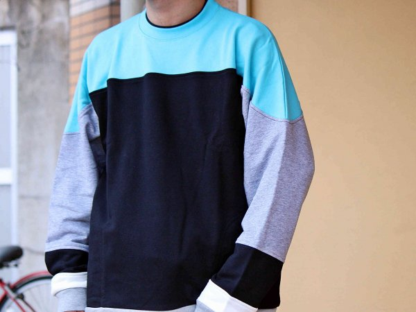 KITCH SWEAT 【BLACK】 / ionoi