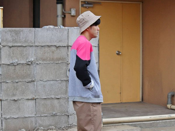 KITCH SWEAT 【GRAY】 / ionoi