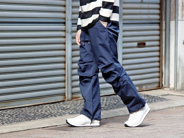 POOSE PANTS 【NAVY】 / ionoi