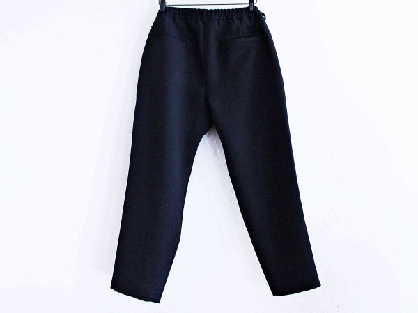 Highdensity Satin pants 【BLACK】 / LAMOND<img class='new_mark_img2' src='//img.shop-pro.jp/img/new/icons1.gif' style='border:none;display:inline;margin:0px;padding:0px;width:auto;' />