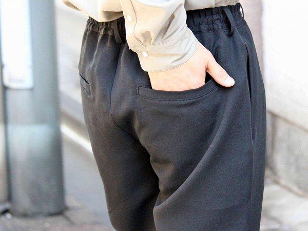 Highdensity Satin pants 【BLACK】 / LAMOND ラモンド
