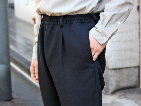 Highdensity Satin pants 【BLACK】 / LAMOND
