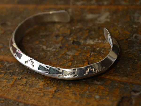Navajo BANGLE(Raymond Begay レイモンド・ビゲイ) / indian jewelry