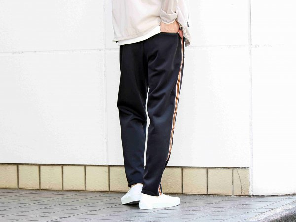 ORBIT PANTS 【BLACK】 / ionoi
